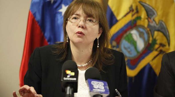 Lenin Moreno expulsa a embajadora venezolana.