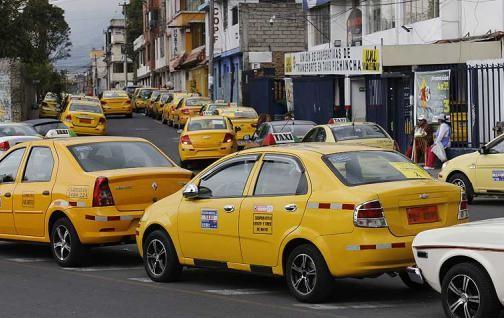 Movilizaciones de taxistas por 5 horas en Quito.