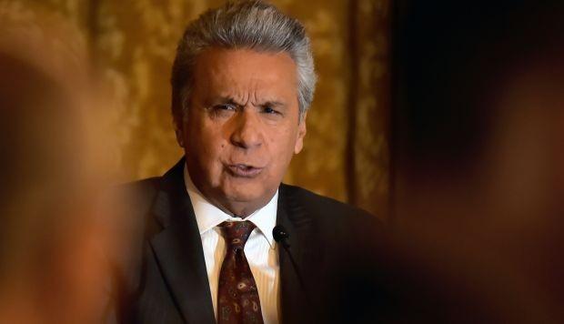 Lenin Moreno pide renuncia a todo el Gabinete Ministerial.