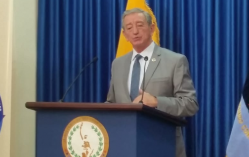 Ministro de Defensa se pronuncia sobre miembros de las FF.AA vinculados con delitos.