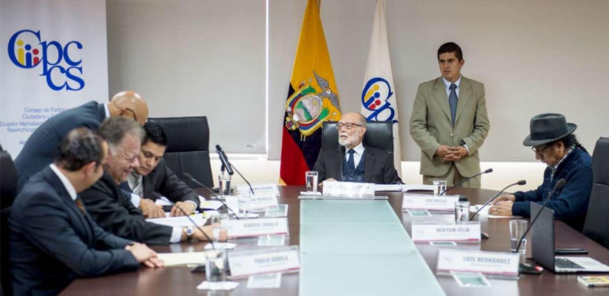 Palacios seguirá a cargo de la Fiscalía General del Estado.
