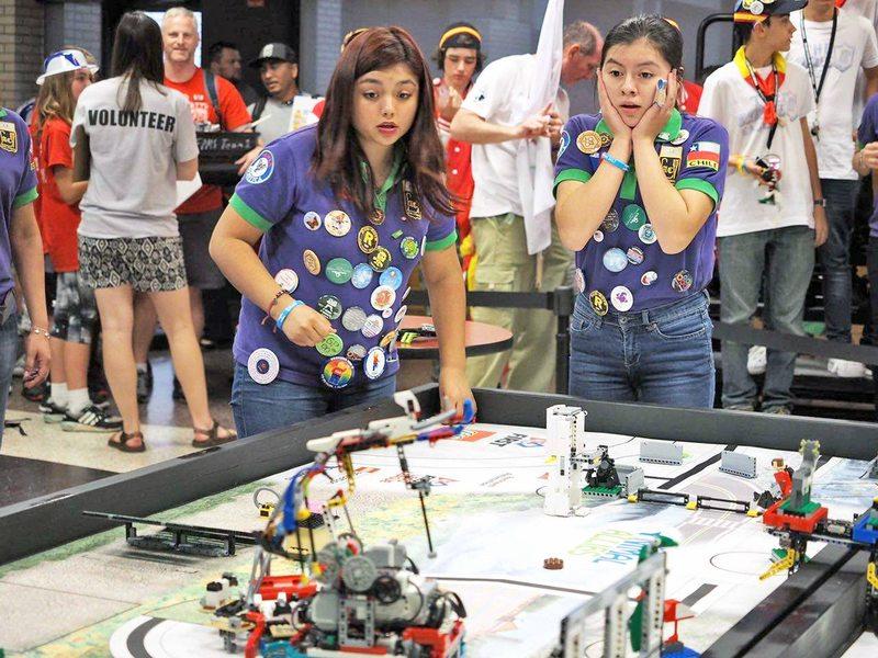 Concurso de Robótica elige su primero lugar.