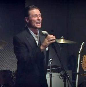 Robert Sanders, aka 'Sinatra King,' presents 'Retro American Music' New Year's Eve show