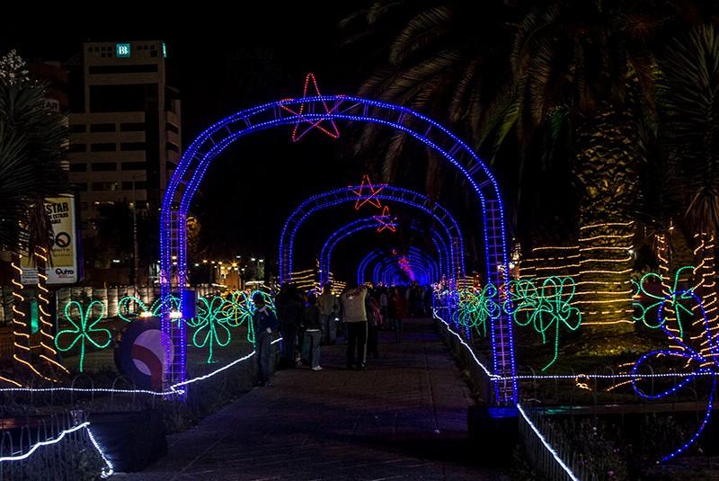 Quito se pone navideño a todo su esplendor.