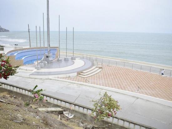 Bahía de Caraquez estrena Plazoleta.