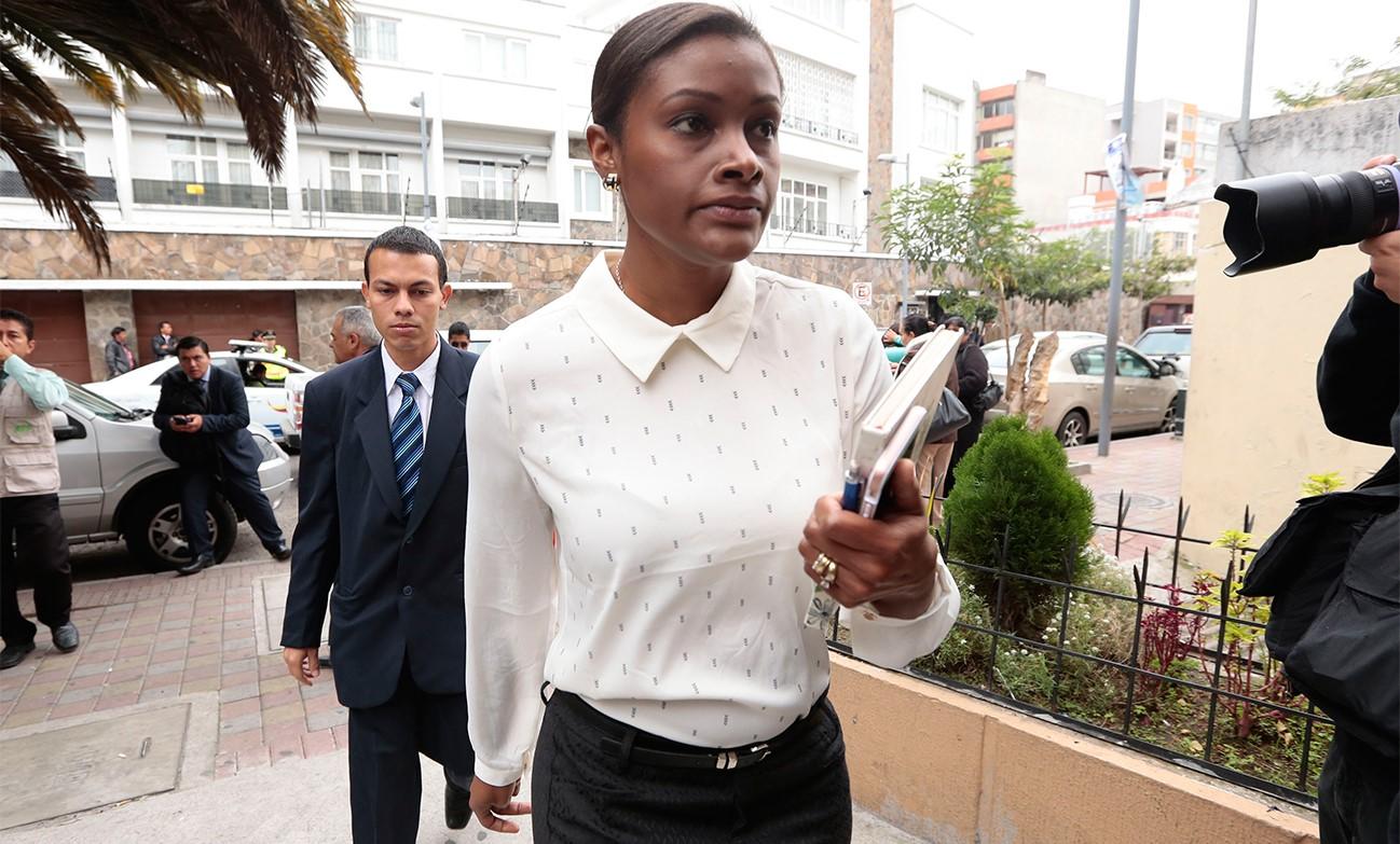 Diana Salazar es quien merece ser Fiscal General del Estado