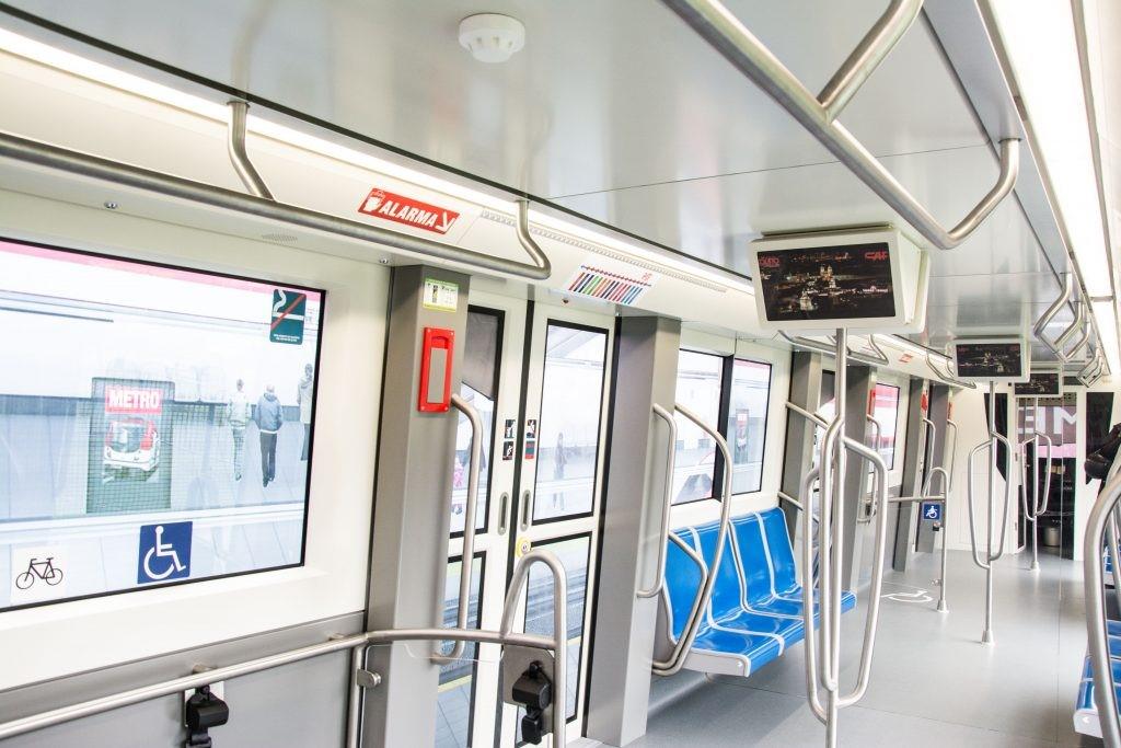 El municipio de Quito realiza visitas guiadas para conocer el interior del metro.