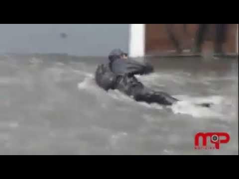 Fuertes lluvias inundan la Capital