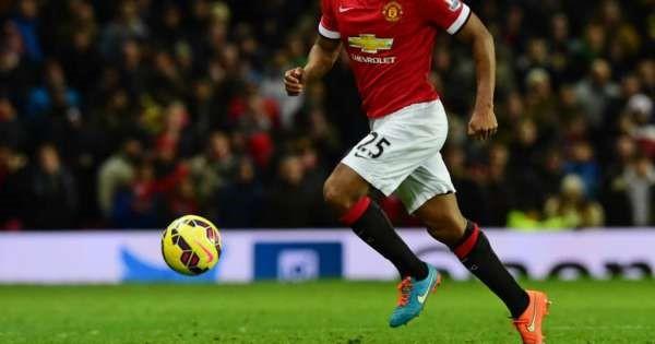 Antonio Valencia se despide del Manchester United
