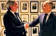 Ecuador firma convenio bilateral con Países Bajaus