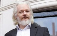 Ecuador entregará las pertenencias de Assange al gobierno norteamericano