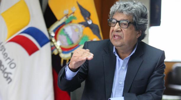 Milton Luna deja el cargo de Ministro de Educación tras seis meses y 21 días