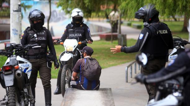 Los reportes de robos y asaltos a personas y a casas aumentan en Quito