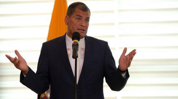 ¿Correa inhabilitado políticamente por 8 años o de por vida?