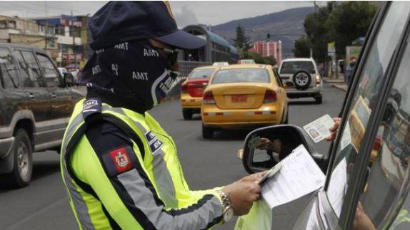 Los salvoconductos del Municipio de Quito entran en vigencia este 16 de noviembre; ¿cómo sacar el documento?