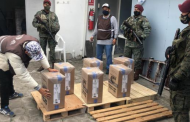 Militares y policías, movilizados para los comicios en Ecuador