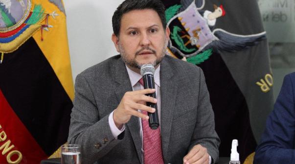 Ministro de Gobierno: 'El confinamiento es quedarse en casa el fin de semana'